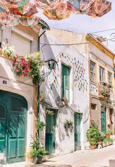 Portugal Travel Guide: 5 Day Trips from Aveiro - - A travel guide that features 5 day trips from Aveiro Portugal: Coimbra, Porto, Obidos, Costa Nova, Agueda and a day spent in Aveiro itself. Dc Travel, Summer Travel, Holiday Travel, Solo Travel, Budget Travel, Europe Budget, Wanderlust Travel, Costa Nova Portugal, Visit Portugal