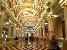 10 extraordinarily designed hotels, Venetian Resort Hotel Casino. Las Vegas, NV.