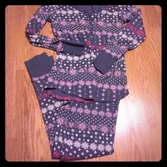 VS PAJAMAS Super cute grey and pink patterned pajamas from Victoria secret! Size small!  Second picture is to show how they fit, I do not have that pattern!  In amazing condition!   All items come from a smoke free home Victoria's Secret Intimates & Sleepwear Pajamas
