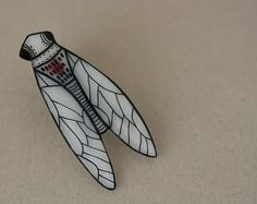 The sweetest of the cicada pins. And I've seen (and loved) a lot of cicada pins.