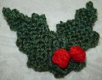 Knit some holly and holly berries