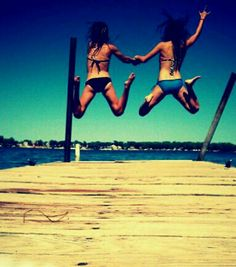 have thoughs pictures with your best friends!