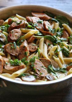 Creamy, garlicky pasta is what dreams are made of. Get the recipe: Chicken Sausage and Mushroom Penne Chicken Sausage Recipes, Penne Recipes, Chicken Apple Sausage, Cooking Recipes, Recipe Chicken, Venison Recipes, Mushroom Chicken, Mushroom Soup, Meal Recipes
