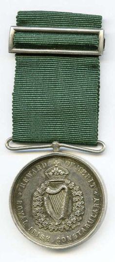 British RIC Merit Medal for Service in The Troubles Old Irish, Military Insignia, Historical Photos, Army Badges, Celtic, Ireland, Coin Purse, History, Folklore