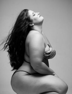 Lyna photography Big curvy plus size women are beautiful! fashion curves real women accept your body body consciousness Beautiful Curves, Sexy Curves, Big And Beautiful, Beautiful Women, Beautiful Body, Beautiful Gorgeous, Beautiful People, Full Figured Women, Plus Size Beauty