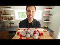 YouTube Original Recipe, Philippe, Vegetarian, Voici, Kale, Vegan, Cooking, Kitchen, Desserts
