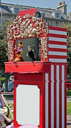Traditional Punch And Judy Show At British Seaside