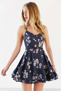 Teen dresses casual, teen summer dresses, pretty dresses for teens Floral Chiffon Dress, Print Chiffon, Chiffon Dresses, Dress Lace, Cute Summer Dresses, Dress Summer, Cute Summer Clothes, Outfit Summer, Summer Shorts