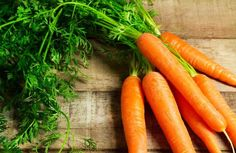 Benefícios da cenoura, um vegetal fonte de betacaroteno para a saúde e beleza.