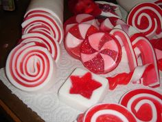 Soap QueenCandy Swirl Soap - Part One | Soap Queen