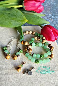 Female fashion bracelets, earrings