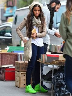 Rocsi Diaz flashes florescent green high-tops www.theblush.com #neon