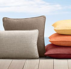 Custom Perennials® Classic Linen Weave Piped Pillow Cover