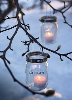 these would be beautiful for an outdoor wedding in the summer or to light the way to winter wedding reception