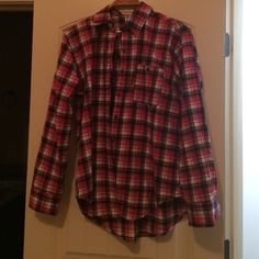 Plaid Flannel Super comfy and soft plaid flannel. Only worn once. Fits true to size. Mimi Chica Tops Button Down Shirts