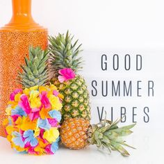Raise your hand if you're feeling tropical!... and a little cheesy cause that's what today's DIY on #sugarandcloth consists of ;) by sugarandcloth