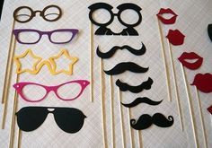 How fun would these be? paper cutouts photobooth