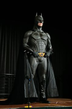 The Dark Knight Trilogy, Batman The Dark Knight, Batman Christian Bale, Batman Cosplay, Movies And Series, Batman Begins, Dc Universe, Superman, Dc Comics