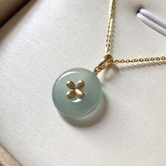 Tree Pendant, Leaf Pendant, Cross Pendant, Gems Jewelry, Jewlery, Delicate Gold Necklace, Diy Crafts Jewelry, Bespoke Jewellery, Jewelry Photography