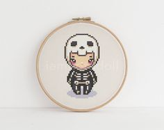 Skeleton - a cute pixel art counted cross stitch pattern by iamnotadoll on Etsy