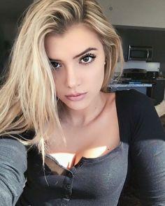 Alissa Violet pinterest//stphnlgcn