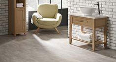 Industrial look, Concrete effect luxury vinyl flooring in a bathroom.