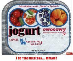I do tego bułeczka. Poland People, Fruit Yogurt, Childhood Memories, Oatmeal, Retro, Sweet, Fun, Grandmothers, Warsaw