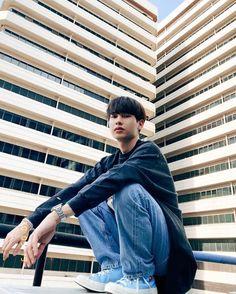 Ideal Boyfriend, Boyfriend Photos, Male Stories, Theory Of Love, Cute Korean Boys, Actors Images, Cute Gif, Asian Actors, Kpop