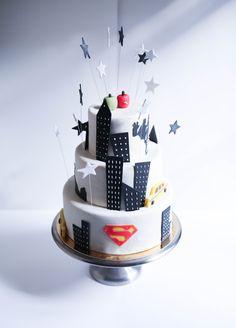 Metropolis cake by Pâtisserie Chez Bogato 7 rue Liancourt, Paris 14e. Ouvert du mardi au samedi de 10h à 19h. Tel. 01 40 47 03 51 Cake Design Birhtday cake Gâteau d'anniversaire