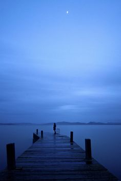 Blue Hour in the dock (by Andrea Morico)