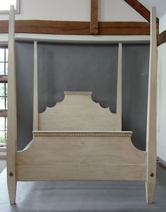 gustavian style bed