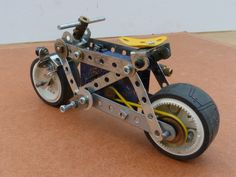 Fall Over, Dump Truck, Stability, First World, Wheels, Challenge, Bicycle, Motorcycle, Magic