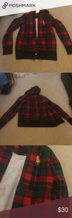 Plaid Hoodie This is a Plaid Hoodie from Ralph Lauren, I got it but then I wasn't into it. It's perfect to were during fall because of the fuzzy fabric inside! Worn once and in good condition! Ralph Lauren Other