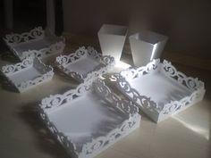 Artesanatos Juliana: Peças em estilo provençal para decorar sua festa. Quem quiser adquirir é só acessar minha loja virtual: www.elo7.com.br/artesanatosjuliana