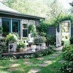 Gartenwege anlegen – Ideen für das Verlegen der Trittsteine im Garten