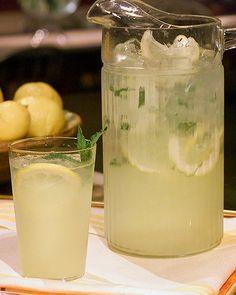 Classic Homemade Lemonade Recipe