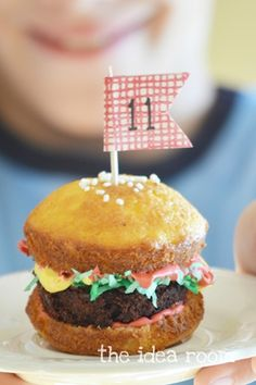 Burger Cupcakes on Pinterest | Cupcake, Cakes and Burgers
