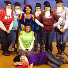 Snow White and the Seven Dwarfs - Halloween Costumes for a group of 8