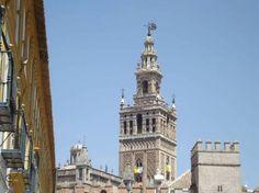 La Giralda, Seville - by Elliott Brown - ell brown:Flickr