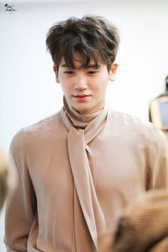 With Korean's approach to outfits, accessories, and shoes, it is no doubt how many people search for Korean fashion trends for great looks. Park Hyung Sik, Strong Girls, Strong Women, Asian Actors, Korean Actors, The Heirs, Park Hyungsik Strong Woman, Ahn Min Hyuk, Strong Woman Do Bong Soon
