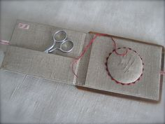 Beautiful French embroidery blog and ideas. C'est Jolie!