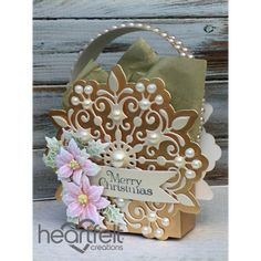 Heartfelt Creations - Snowflake Gift Bag Project