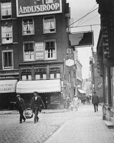 Rotterdam - Prinsenstraat / Lange Pannekoekstraat.   7 juli 1926