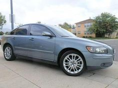 Used 2005 Volvo S40 T5 for sale in Burbank, CA 91505 - Kelley Blue Book | no sunroof? 8990