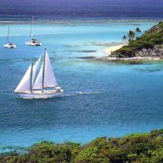 Jambalaya under sail in Tobago Cays