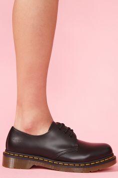 f2f5da9e2f9ac Doc Martens / Could I? Doc Martins, Shoes Heels Wedges, Shoes Sneakers,