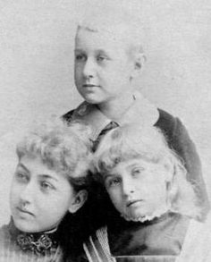 "Robert Todd Lincoln married Mary Eunice Harlan. The marriage produced three children (pictured to the right; Chicago History Museum photograph): Mary (born on October 15, 1869), Abraham who was nicknamed ""Jack"" (born on August 14, 1873), and Jessie (born on November 6, 1875)."