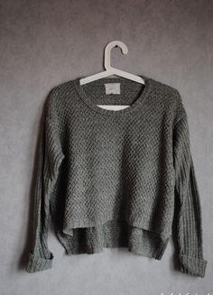 Kup mój przedmiot na #vintedpl http://www.vinted.pl/damska-odziez/swetry-z-dekoltem/12066803-sweter-szary-new-look-38