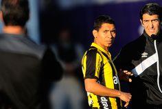 Cristian Palacios entró y definió el partido.