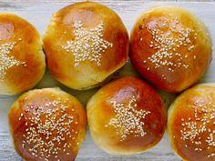 Hamburger, Cooking Recipes, Bread, Baking, Food, Chef Recipes, Brot, Bakken, Essen